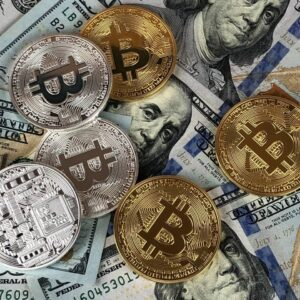 Essential Tips for Investing in Cryptocurrency